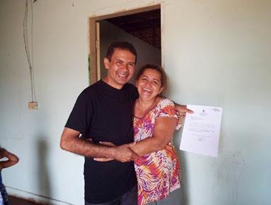 Vereador Fânio Mania solicita recapeamento da rua Medeiros Neto - I
