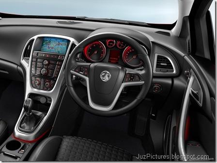 Vauxhall Astra GTC9