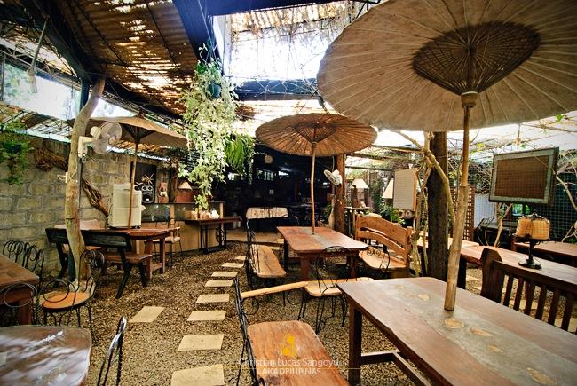 Casa Rap's Main Dining Area