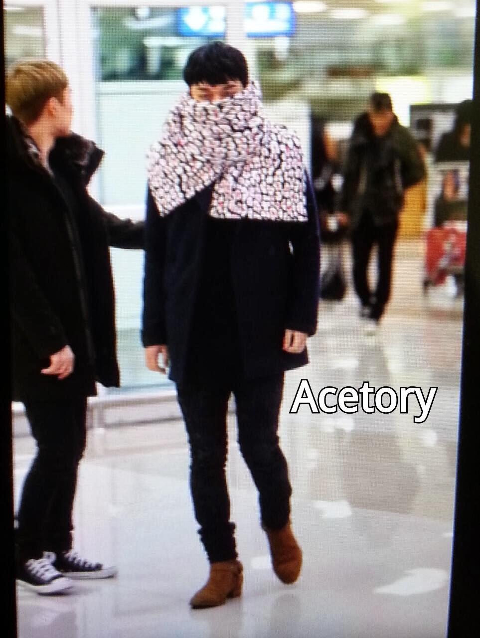 Big Bang - Gimpo Airport - 18nov2013 - Seung Ri - Fan - Acetory - 03.jpg