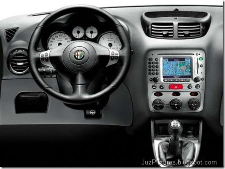 Alfa Romeo 147 5door (2004)6