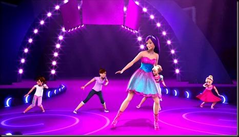Barbie-princesa-estrella-del-pop_juguetes-juegos-infantiles-niсas-chicas-maquillar-vestir-peinar-cocinar-jugar-fashion-belleza-princesas-bebes-colorear-peluqueria_035