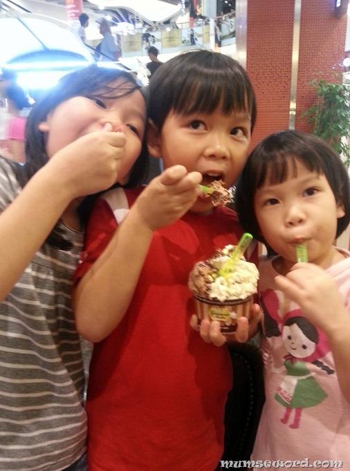 Happy Ice cream kids