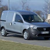 2013-Dacia-Dokker-Official-27.jpg