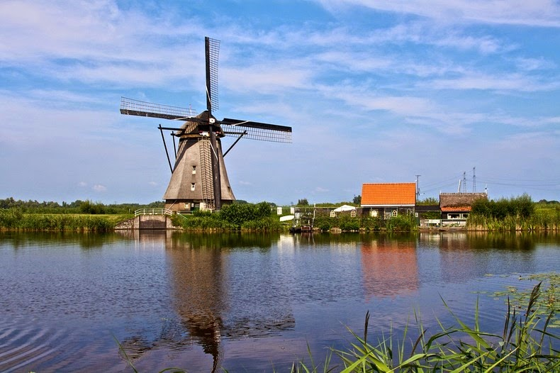 windmills-of-kinderdijk-4