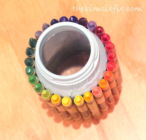 Crayon jelly jar vase