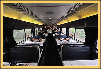 amtrak_dining_car