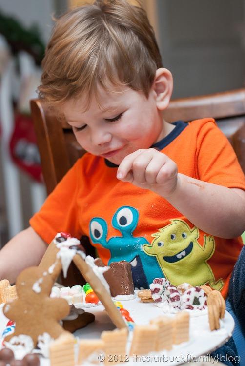 Gingerbread Houses 2012 blog-11