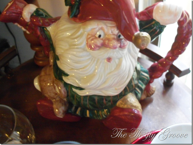 Christmas decor 2011 078