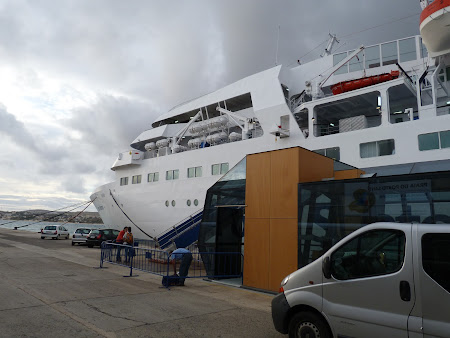 Ferry Porto Santo - Funchal