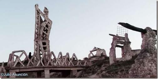 Monumento a la Batalla de Noáin - Salinas de Pamplona