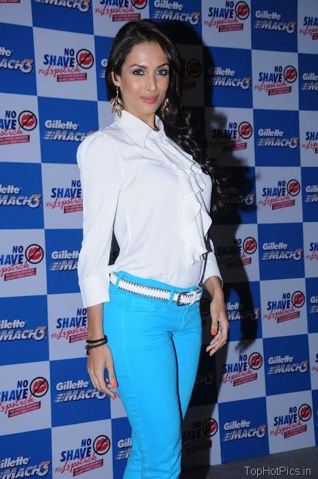 Malaika Arora Latest Pics in Blue Pants 1