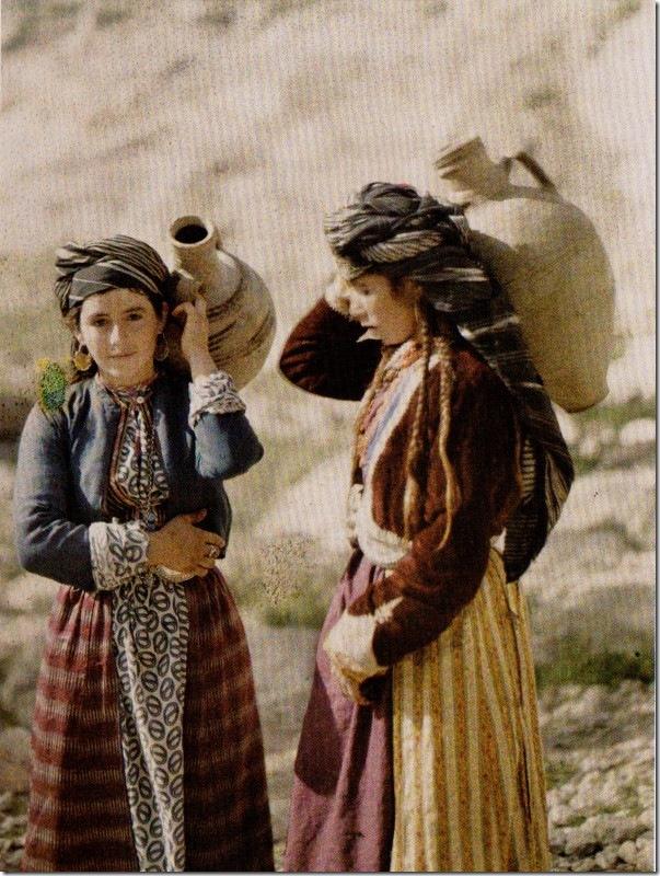 meninas_curdas