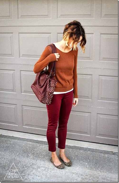 Pair multiple autumn colors and gold jewelry for a chic Fall look.