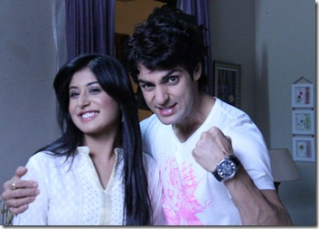 Dr Nidhi With Rohan