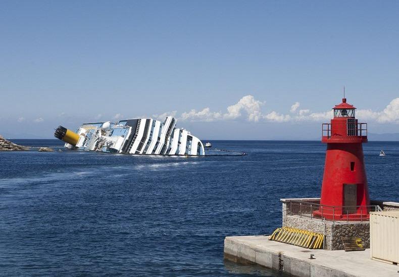Costa-Concordia-0