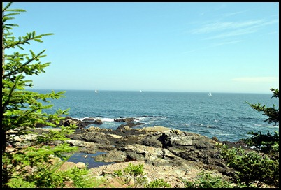 02l5b - Hiking Ocean Path -  Sailboat