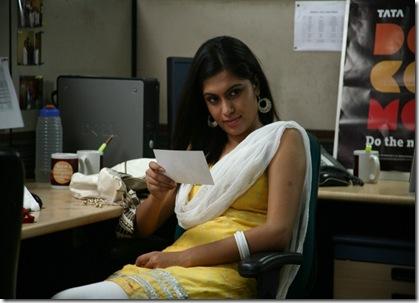 Aanmai Thavarael Tamil Movie Stills