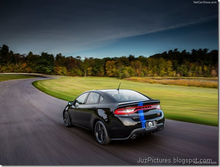 Dodge-Dart_Mopar_2013_800x600_wallpaper_0a