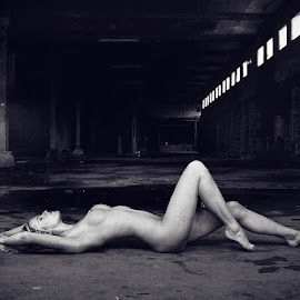 urban nude by Catchlights Fotografie - Nudes & Boudoir Artistic Nude ( urban, sexy, nude, floor, naked, blond, artistic, legs, hair, boobs, tits, sensual )