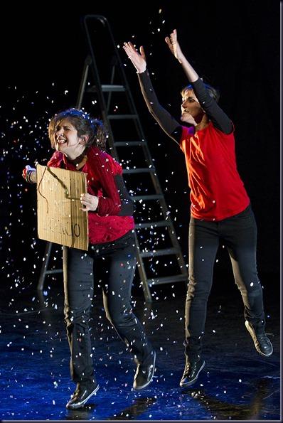 """Málaga 09/02/2012 Representación de la obra de teatro """"Crack!"""" en el Teatro Echegaray.<br />Foto: Daniel Pérez/Teatro Cervantes"""