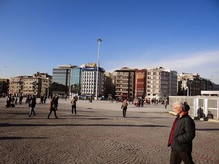 Obiective turistice Istanbul: Piata Taksim