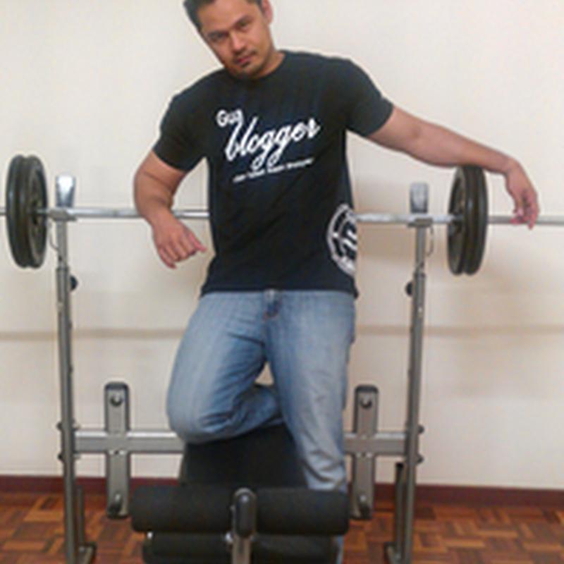 Tempahan baju KELAB BLOGGER - BEN ASHAARI dibuka semula ..