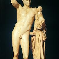 52.- Praxíteles. Hermes con el niño Dionisios