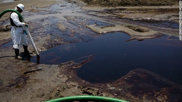 111006114741-gulf-coast-oil-spill-cleanup-story-top