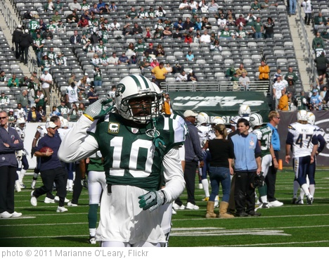 'New York Jets Receiver Santonio Holmes' photo (c) 2011, Marianne O'Leary - license: http://creativecommons.org/licenses/by/2.0/