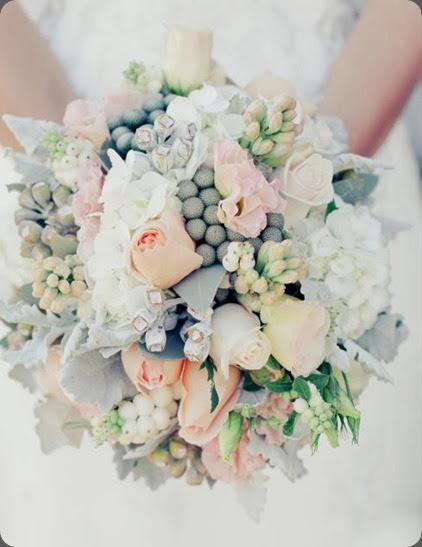 560894_521115737913324_520462019_n  the bouquets od ascha jolie au