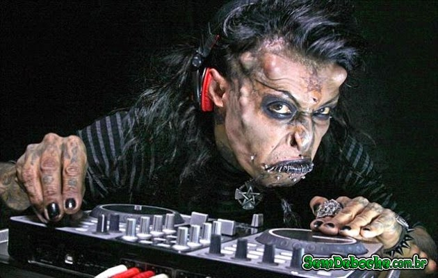 DJ DO HALLOWEEN!