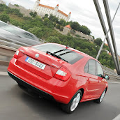 2013-Skoda-Rapid-Sedan-Red-Color-14.jpg