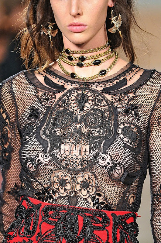 pucci-rtw-spring2012-details-189_185636232297