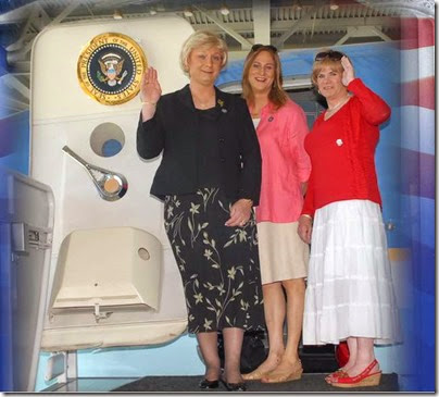 Paula - Rena - Kris - Air Force One