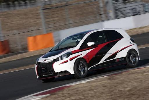 GRMN-Toyota-Vitz-Turbo-01.jpg