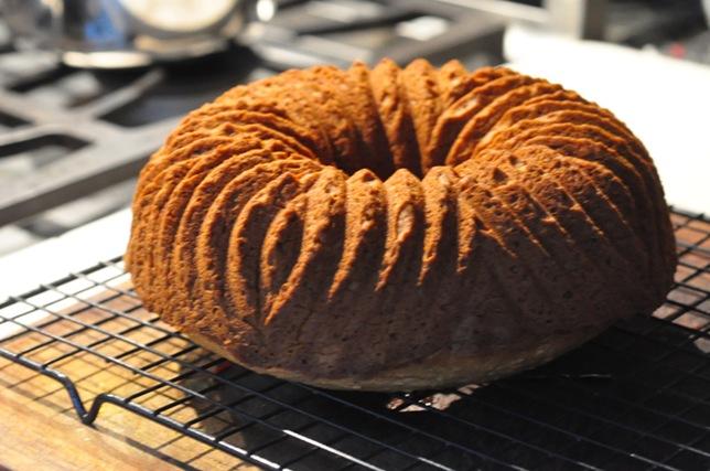 white_bean_almond_cake