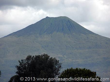 Mount karisimbi, 4507 m ASL