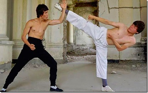 Parecido a Bruce Lee