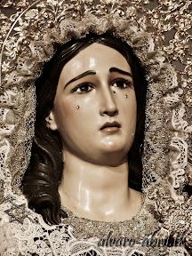 maria-santisima-del-sacromonte-vestida-para-el-mes-del-rosario-alvaro-abril-2013-(6).jpg