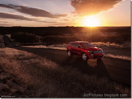 Jeep-Grand_Cherokee_SRT_2014_800x600_wallpaper_08
