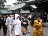 Hikawa shrine is dedicated to the god of marriage, and we happened to be there during a wedding ceremony