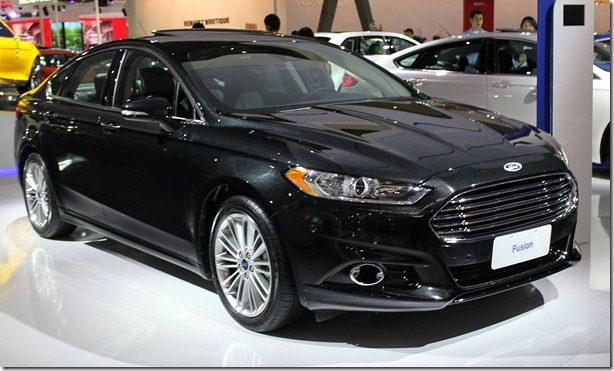 Ford Fusion 2013 (3)