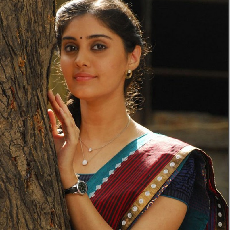 Tamil Debut actress Surabhi cute photos