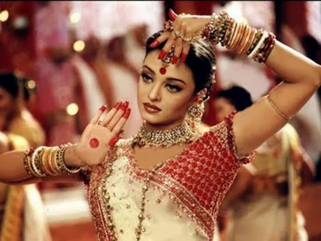 Pictures-of-Aishwarya-Rai-in-Devdas-4
