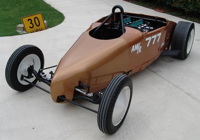 Ford Dragster Front Side