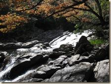 Cachoeira e Poço do Saci1