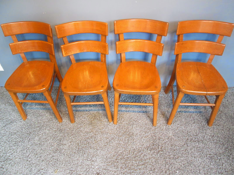 Small Chair Set