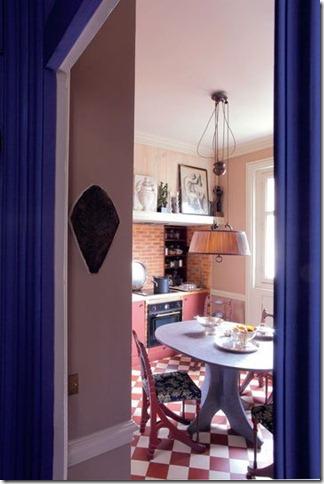 281998_un-appartement-haut-en-couleurs-a-st-germain-des-pres