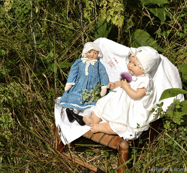 Antique Dolls 129